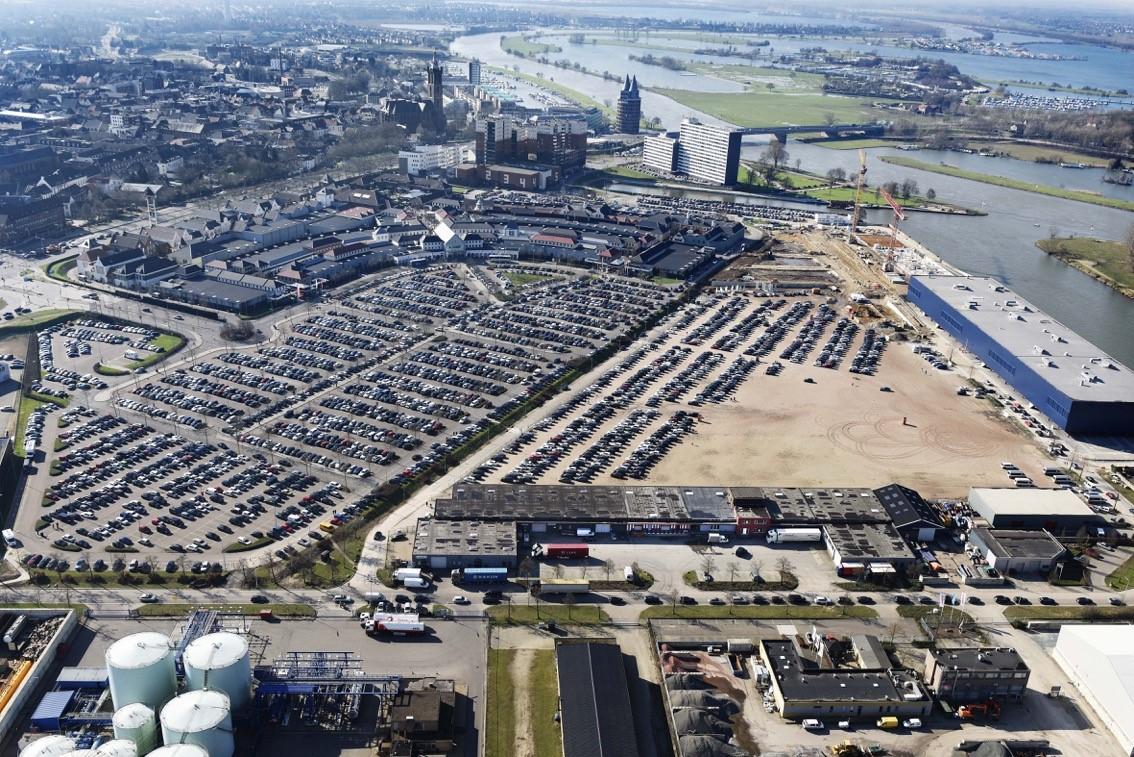 Roermond-Designer-Outlet-Luchtfoto.jpg