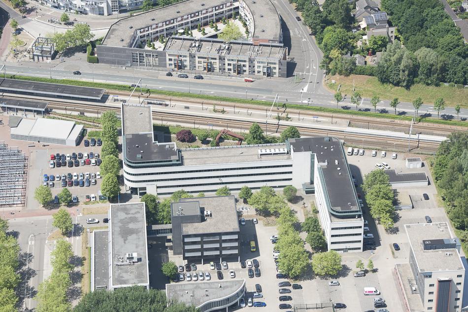 Belastingdienst Kantoor Utrecht : Certitudo koopt kantoor belastingdienst in am propertynl